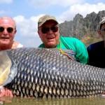 友人の遺灰を餌にして巨大魚を釣ったというお話し(※実話です)