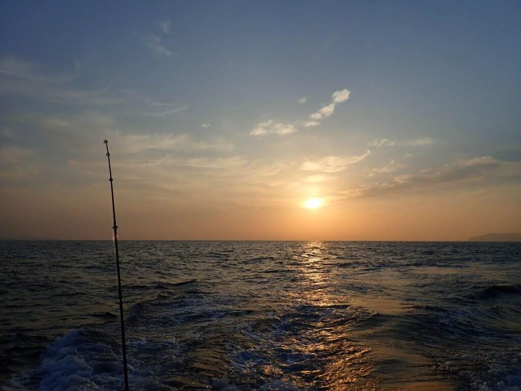 玄界灘の朝日