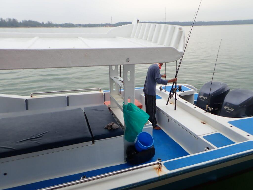 セイルフィッシュのボート