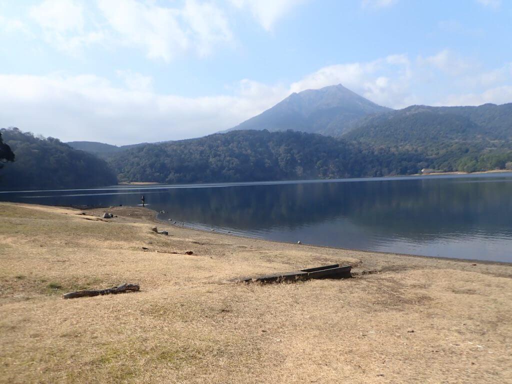 御池の風景