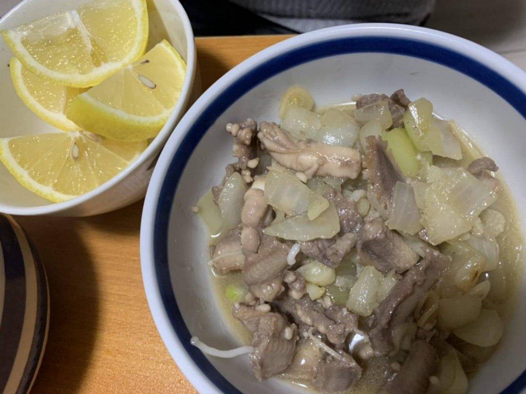 ヌタウナギのナンプラー炒め