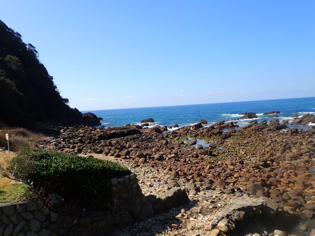 風来望の目の前の海岸