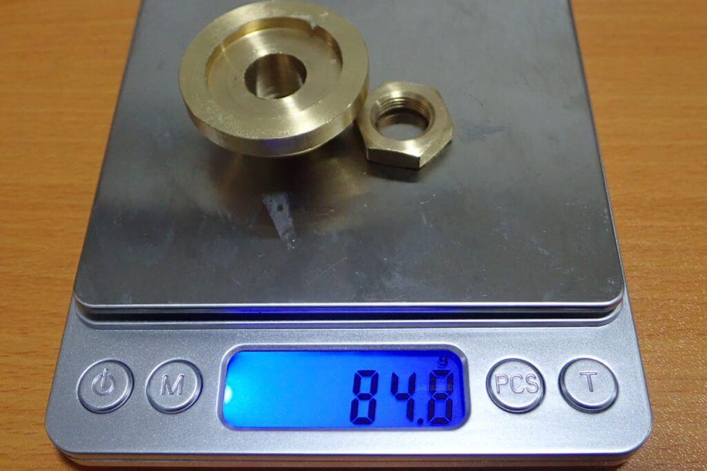 ハンドルノブ内の84.8gのおもり